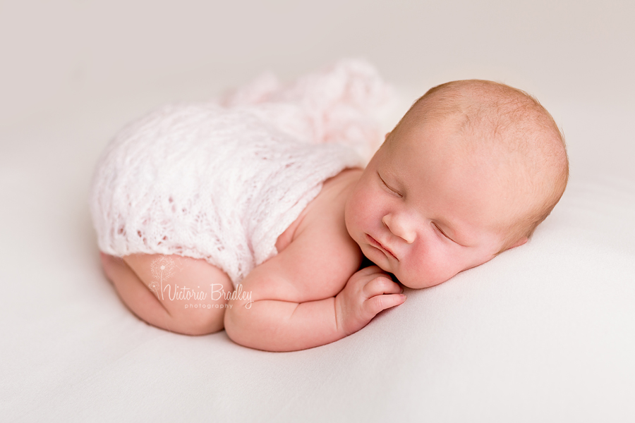tushie up pose newborn girl