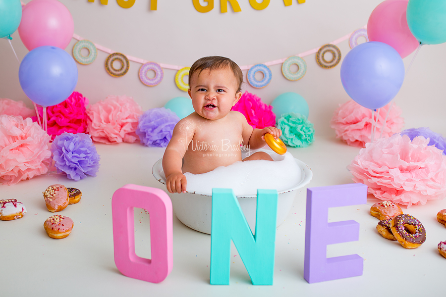 doughnut cake smash bath time baby girl