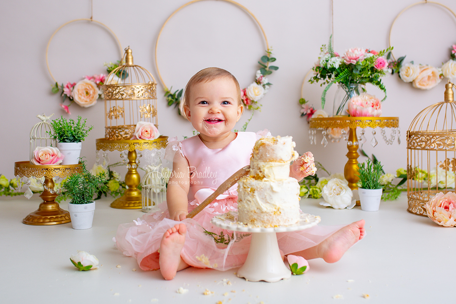 cake smash birthday floral