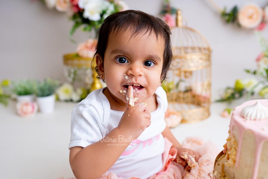 baby girl vintage cake smash