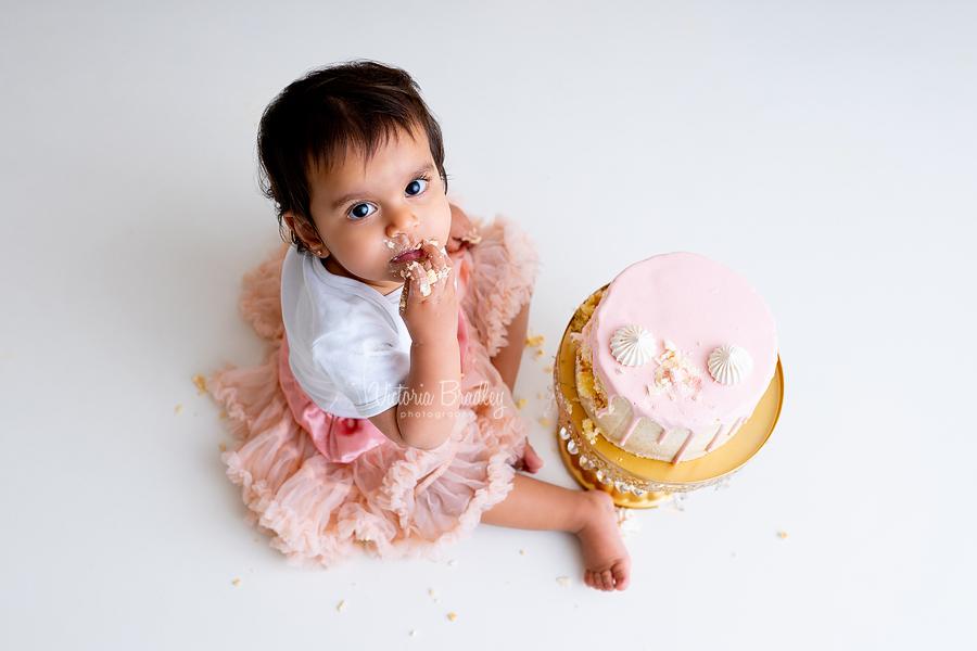 baby girl vintage cake smash nottinghamshire