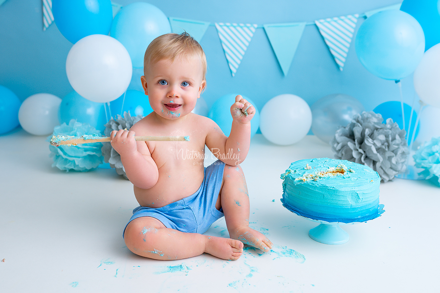 cake smash birthday photography