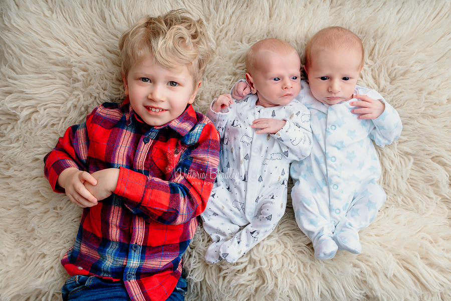 newborn baby twins boys, sibling photography