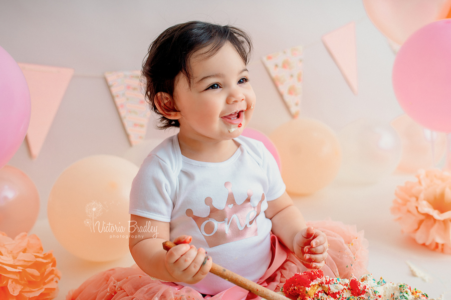 cake smash 1 year old photography