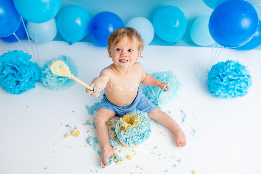happy baby cake smash