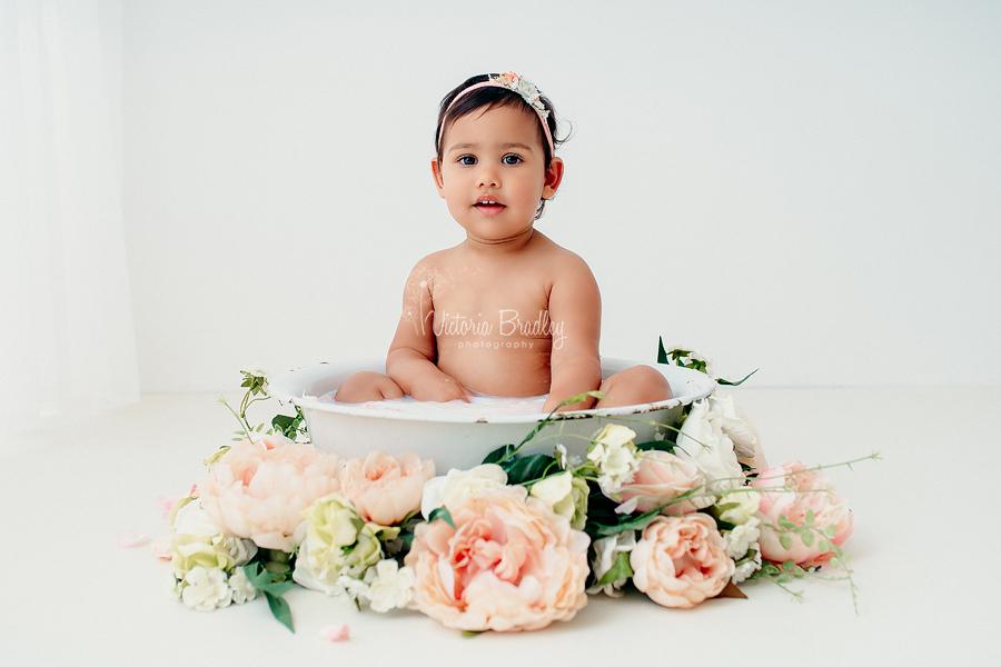 baby milk bath session