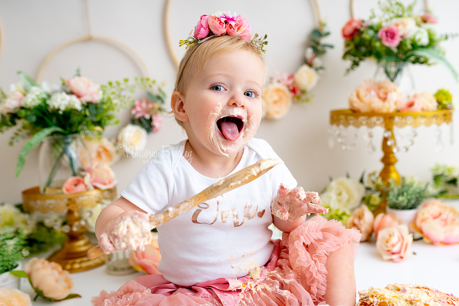 baby cake smash with wooden spoon