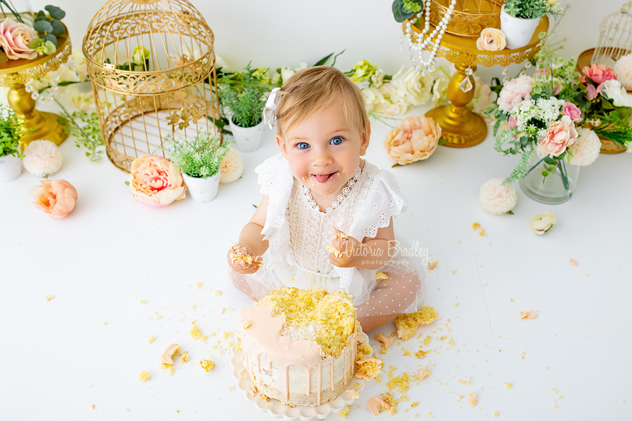 floral cake smash birthday