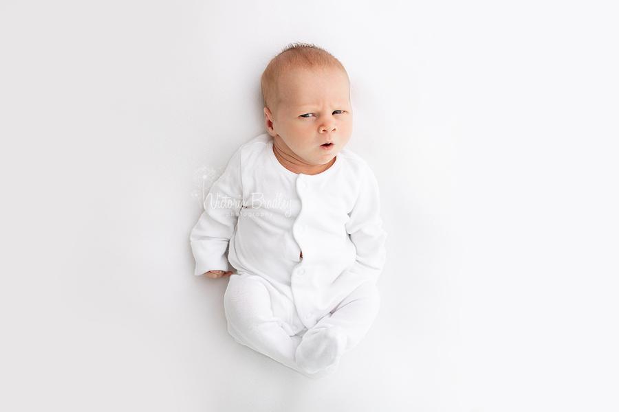 newborn pure white photography