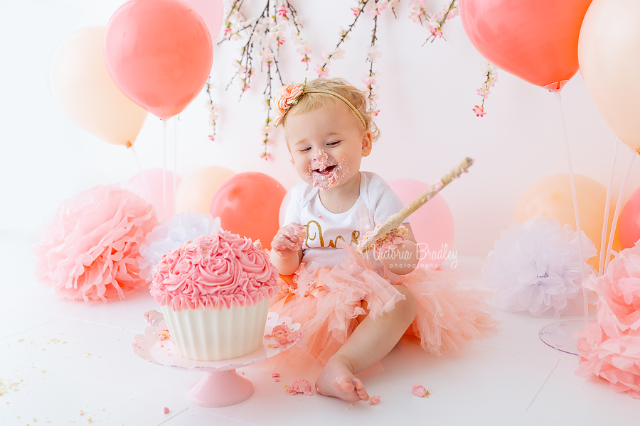 peachy pink cake smash