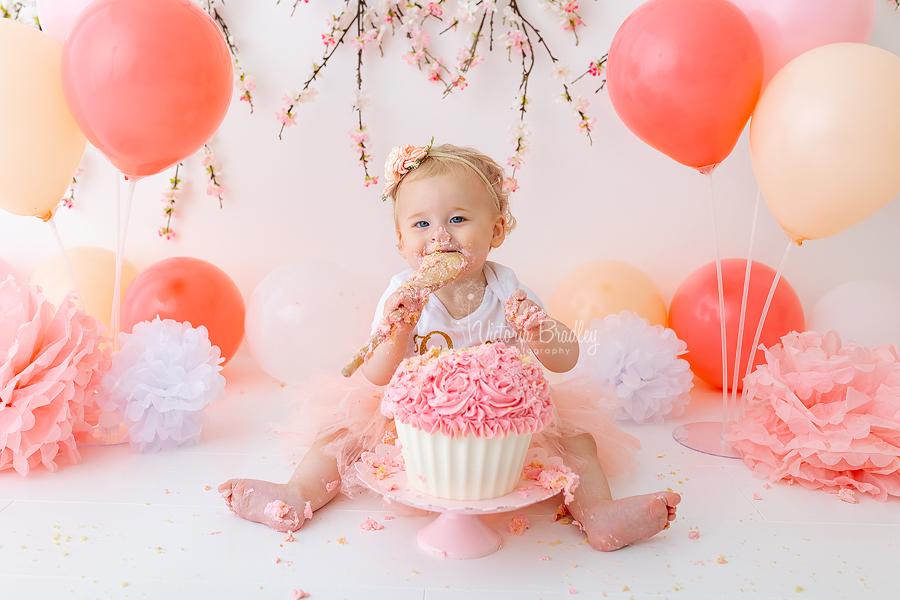 pink blossom cake smash