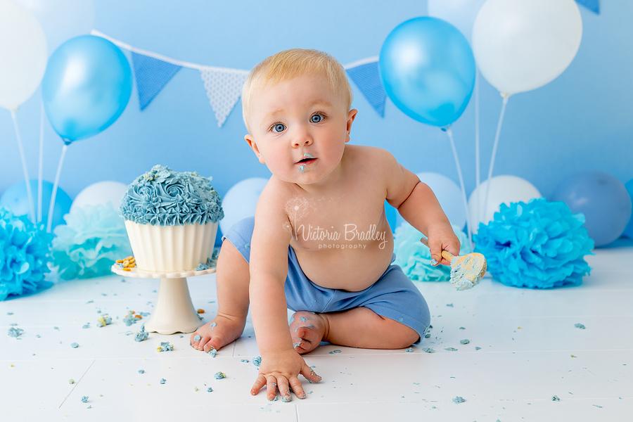cake smash blues